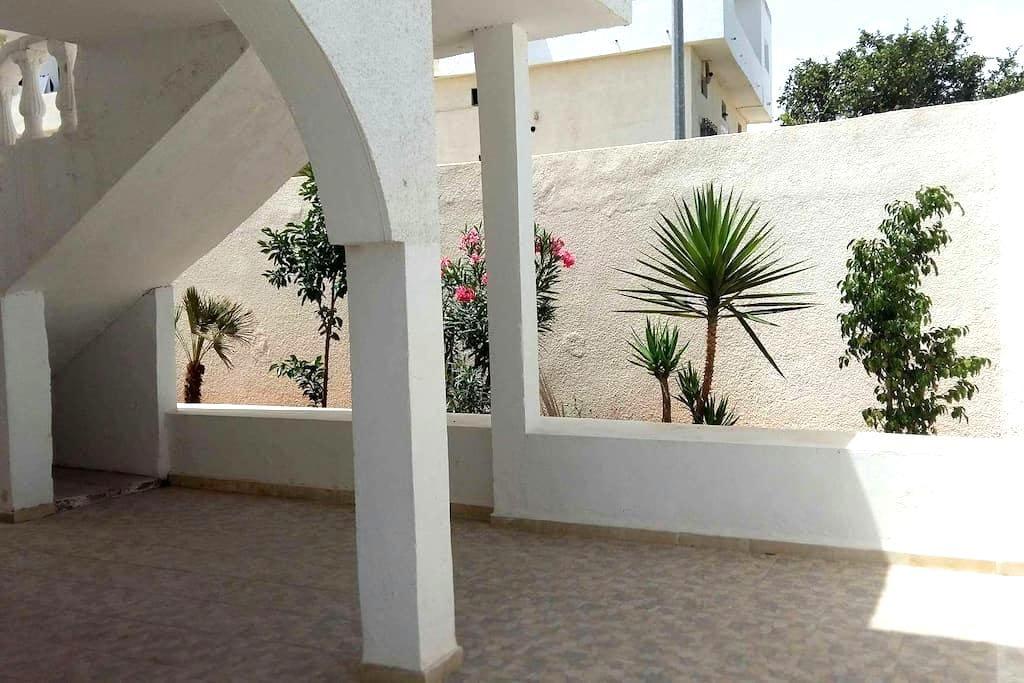 Villa sud de tunis - Тунис
