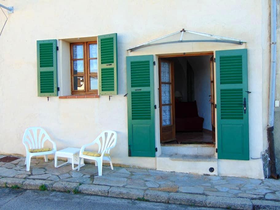 studio entre mer et montagne - Belgodère - Casa