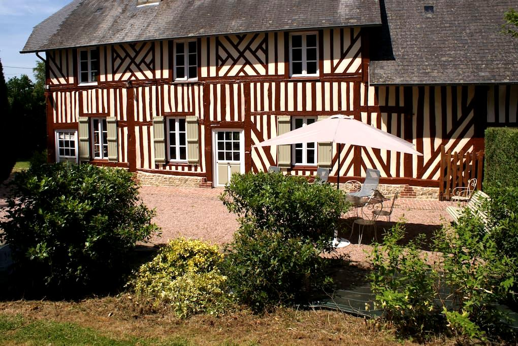 la ferme du calvaire - Cresseveuille - Haus