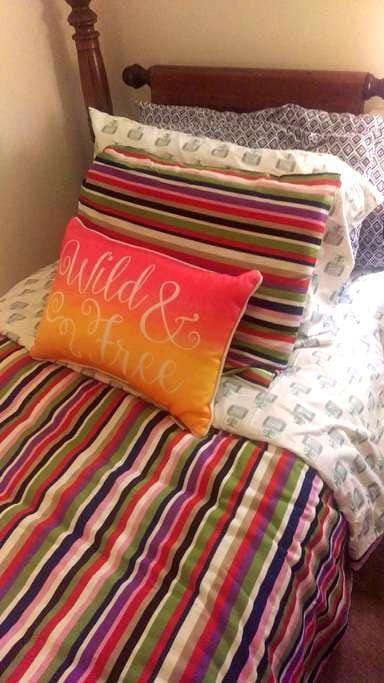 Cozy panda bedroom! - Cockeysville - Wohnung