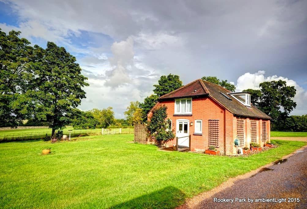 Moo Cottage, Yoxford, IP17 3HQ - Saxmundham - Hus