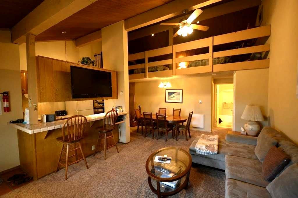 Centrally located Mammoth Condo - Mammoth Lakes