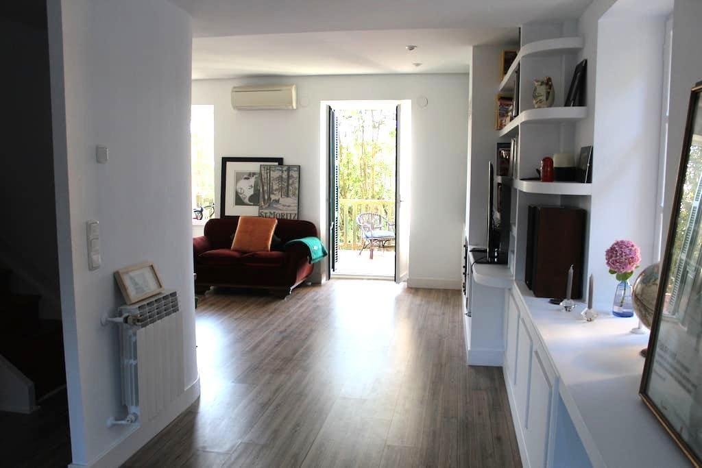 Beautiful room in centric villa2 - Donostia - Villa