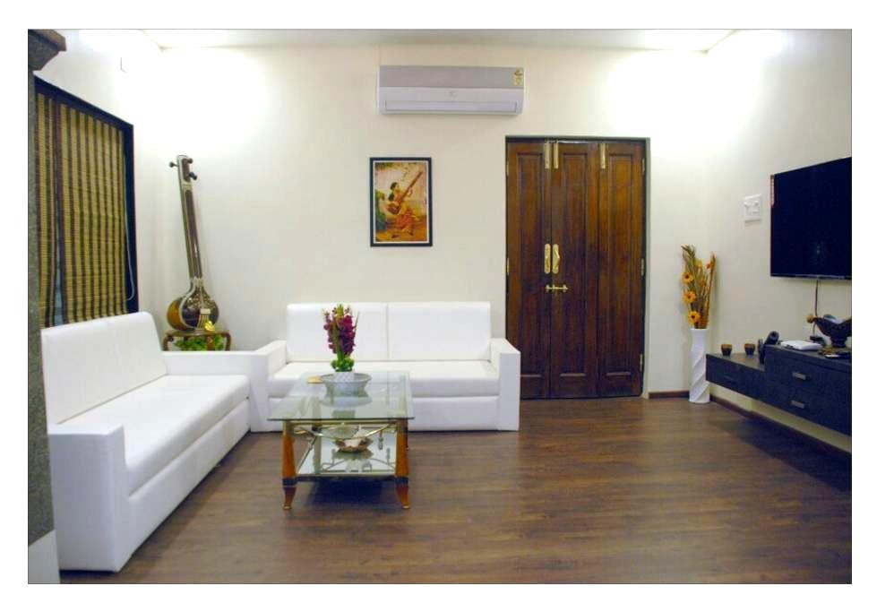 Bright and Airy Room in Decent Bunglow. - Nagpur - Rumah