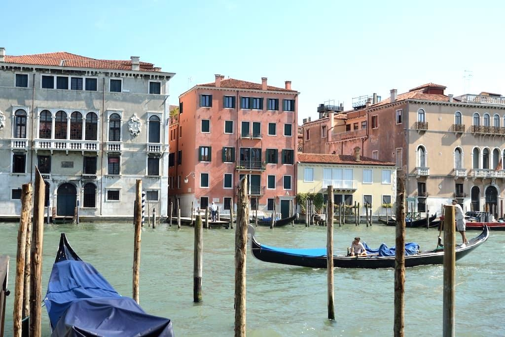 CHARMING APARTMENT OVER GRAND CANAL- RIALTO BRIDGE - Venetië - Appartement