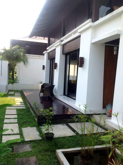 3 Bedroom Villa on the Beach - Klaeng - Huis