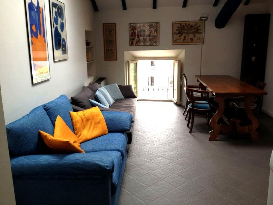 Central flat with mezzanine - Pallanza