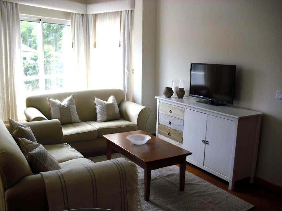 Delightful and Bright Apartment - Machico - Departamento