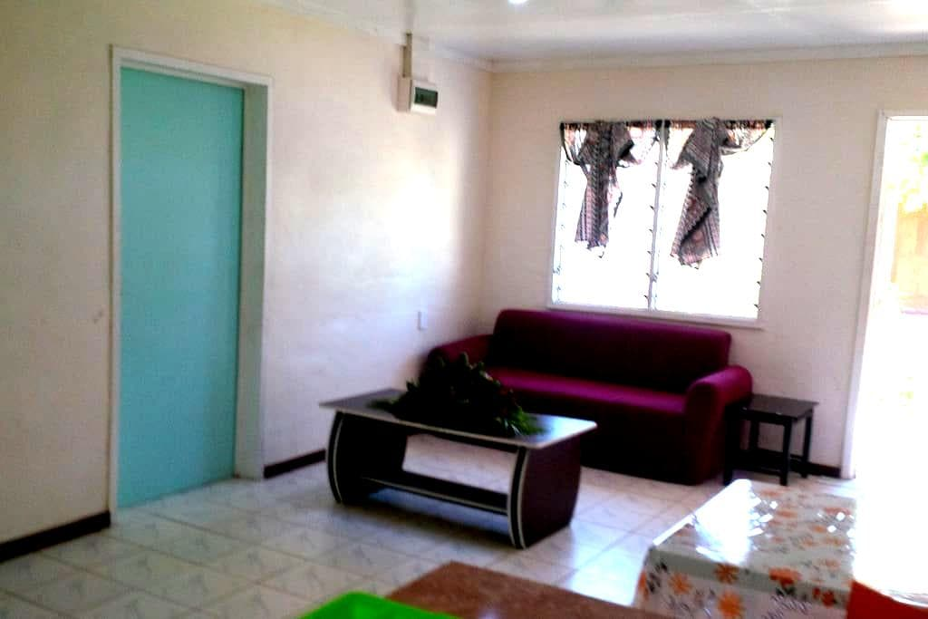 Accommodation Clean, Safe and Close to City - Vaitele