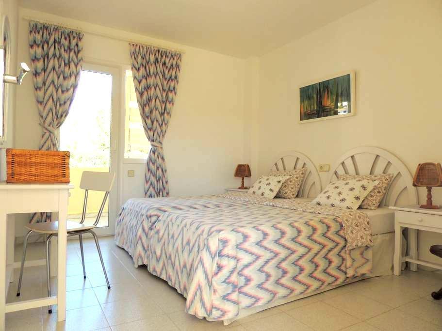 Bonito apartamento a 2 min de playa - Peguera