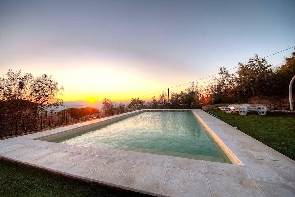 Villa Rifugio al Sole Reggello - 雷杰諾