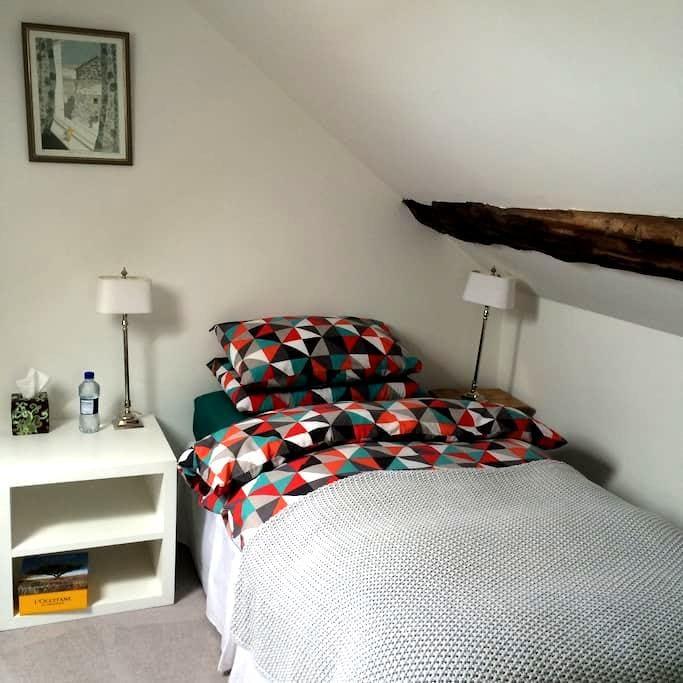 Loft bedroom with private bathroom - Portstewart