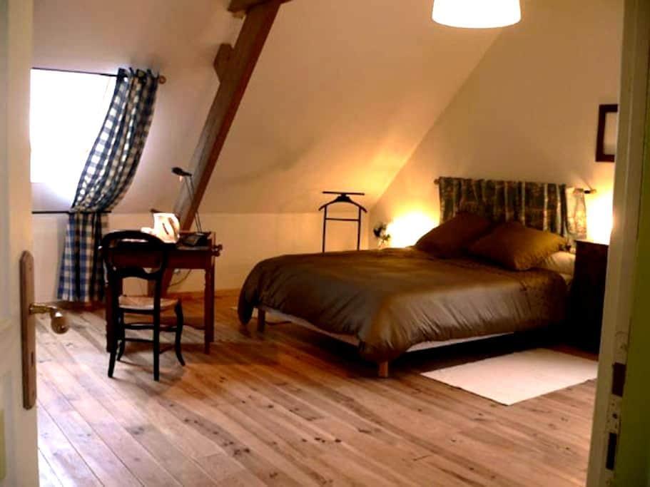 Ferme flamande rénovée: Chambre Jacobus - Steenvoorde - House
