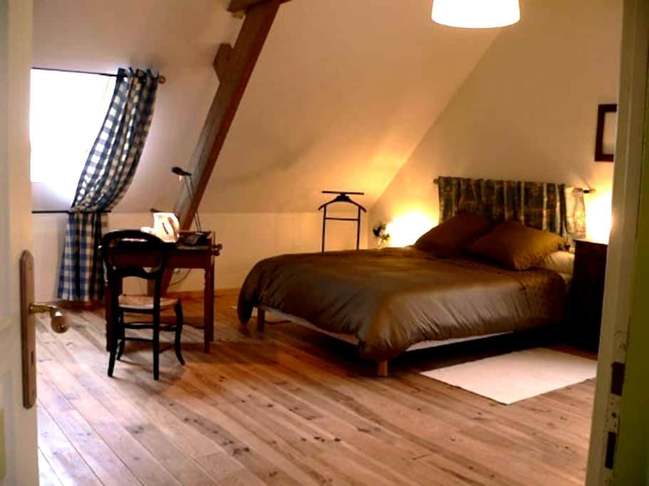 Ferme flamande rénovée: Chambre Jacobus - Steenvoorde - Huis