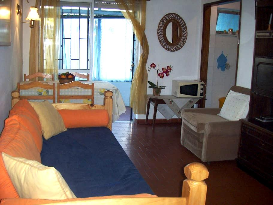 Apartment near the beach -Quarteira - 롤레 - 아파트