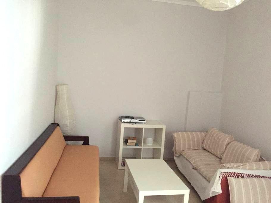 Διαμέρισμα 57τ.μ στο κέντρο του Αλιβερίου - Aliveri