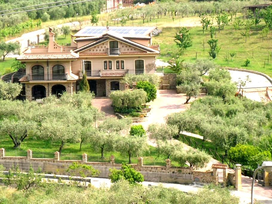 Bellissima villa nel Cilento - Castel San Lorenzo
