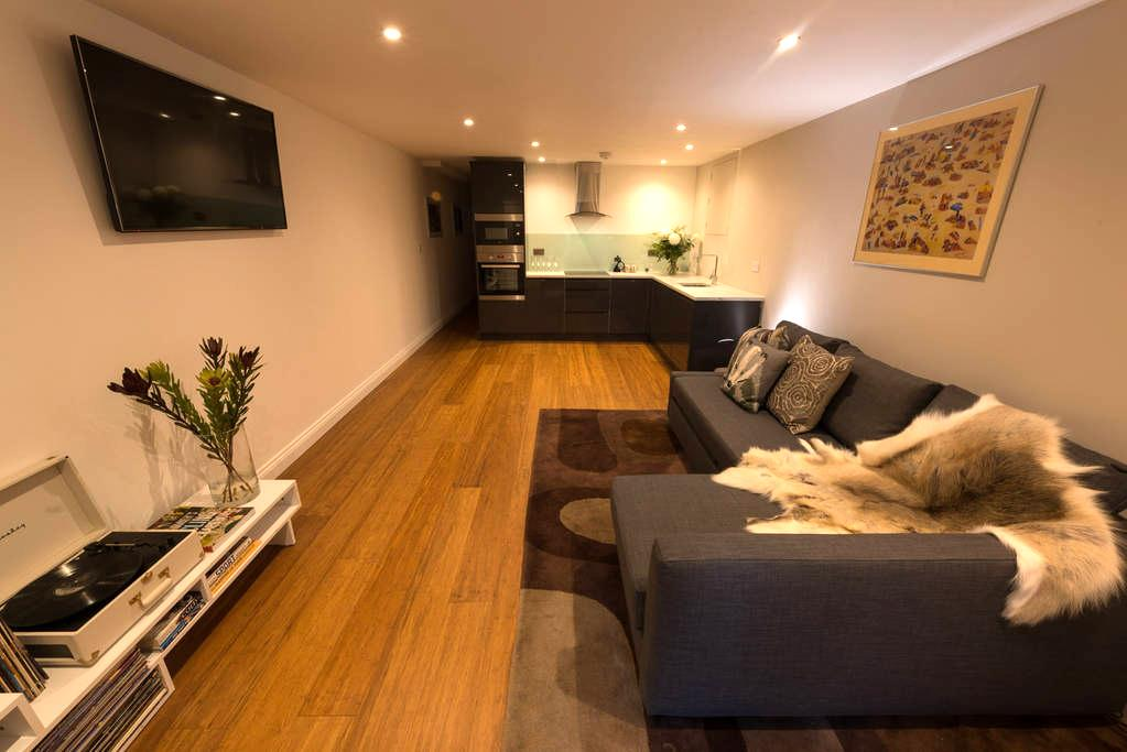 New modern apartment nr Clifton Downs - Bristol - Pis