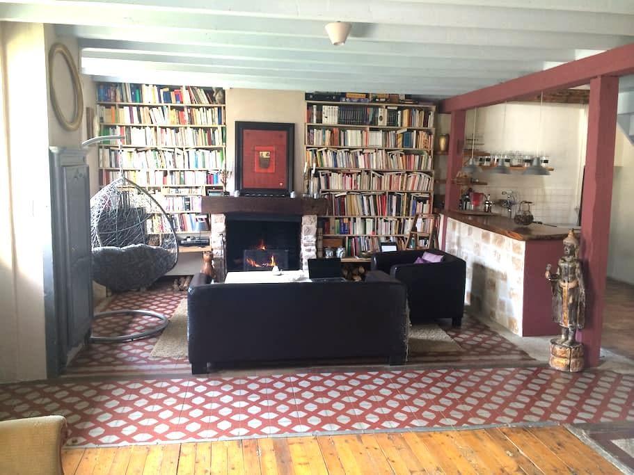 La maison du bonheur - Ormes - Guesthouse