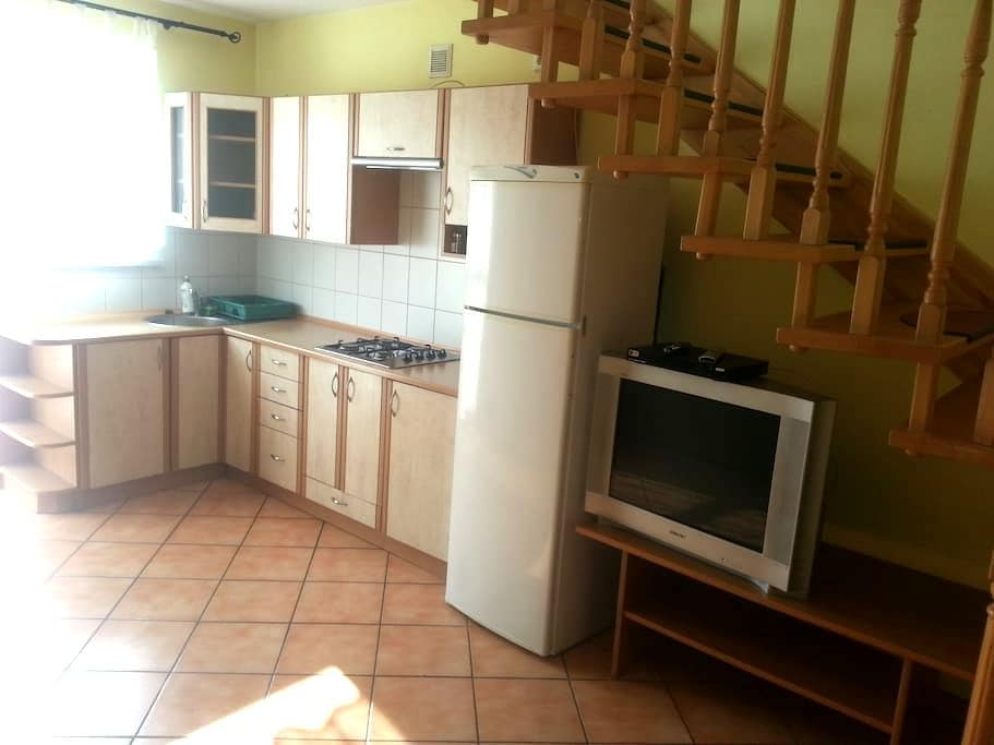 Apartament 4-6 os z balkonem 200m od Rynku  USTROŃ - Ustroń - Apartment
