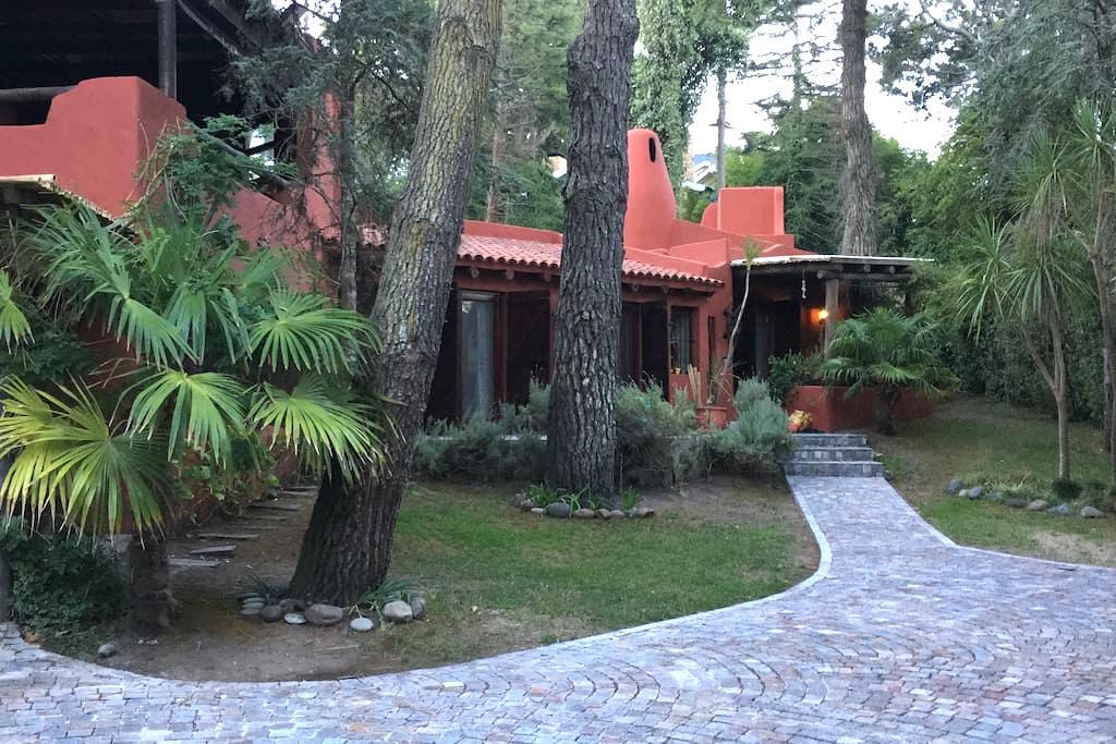 Casa en Cariló 300mts del mar, sobre Divisadero - Cariló