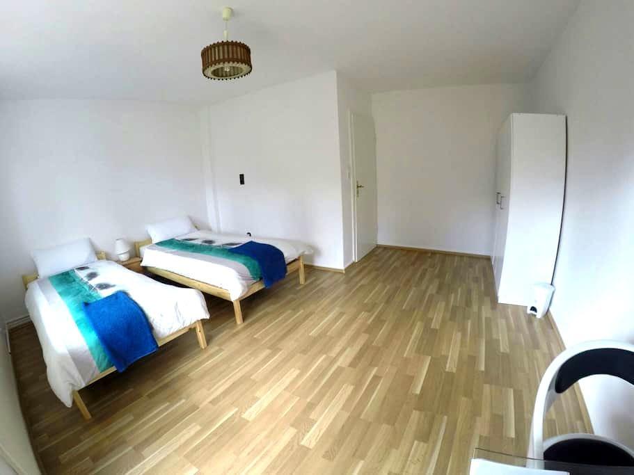 Beautiful house With Great Location - Frankfurt - Ev