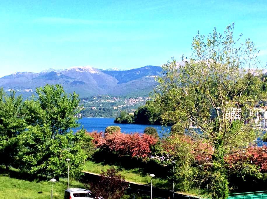 Una vista unica, tra lago e cielo - Laveno-Mombello