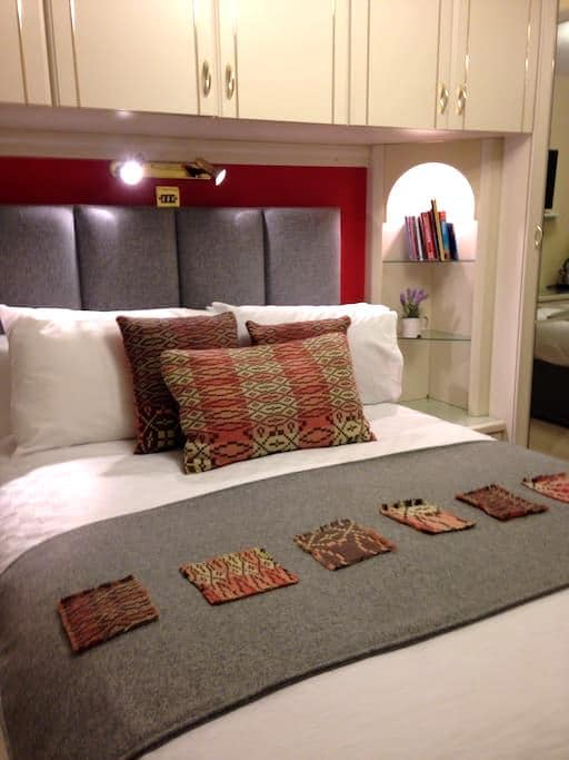 double bedroom/bathroom + breakfast - Conwy - ที่พักพร้อมอาหารเช้า