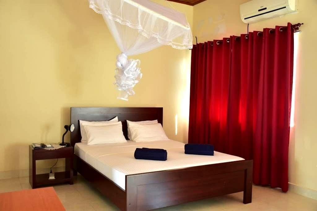 Villa Anuja - Ironwood Room - Colombo - Wohnung