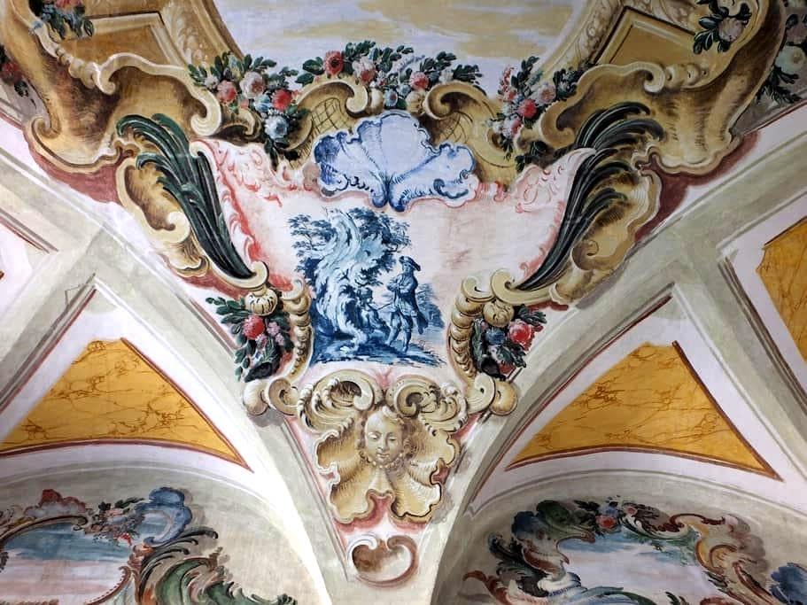 Attic in Renaissance Palace. 1459. - Monte San Martino