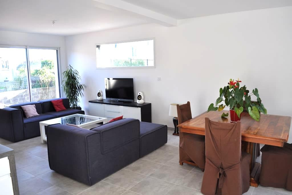 New house near Brest 1 to 8 people - Le Relecq-Kerhuon - Rumah