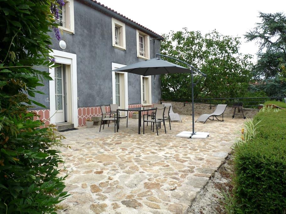 Maison bellevue à 2km du Puy du Fou - Les Epesses - Casa