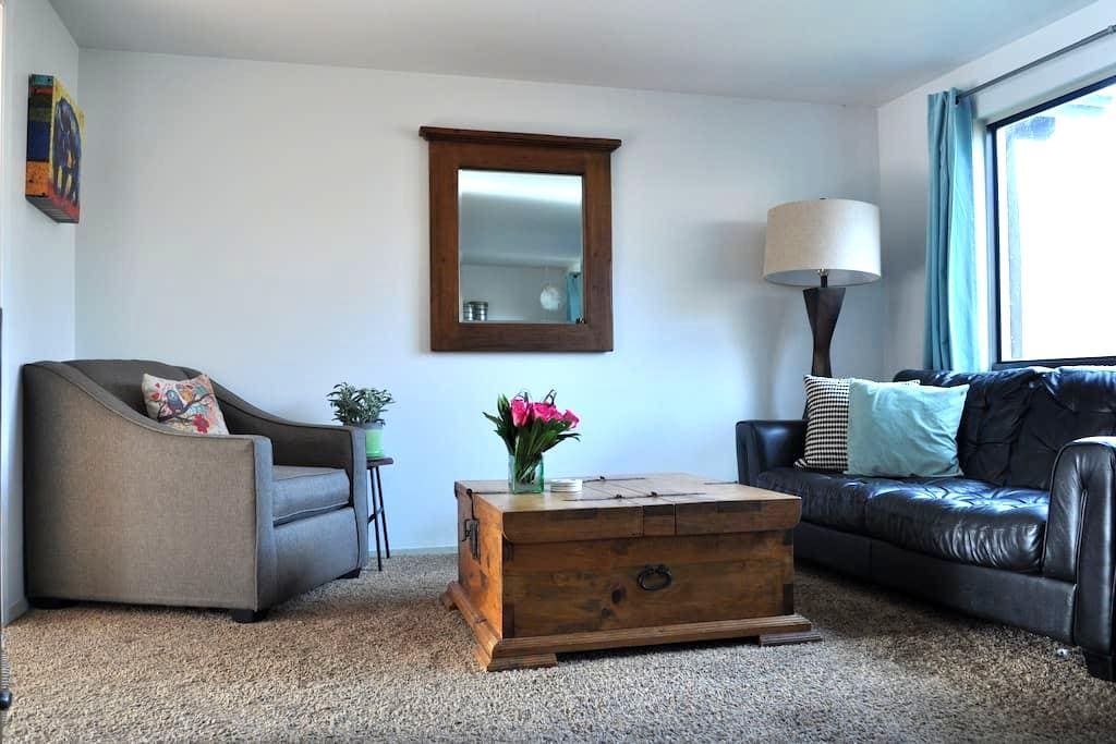 3 Bdrm, Dog Friendly Mtn Town Home - Steamboat Springs - Maison