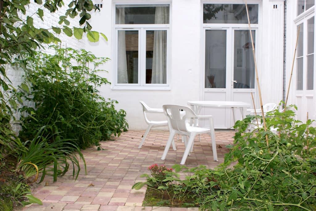 Gite - cour privative LILLE centre - Lille - Apartment