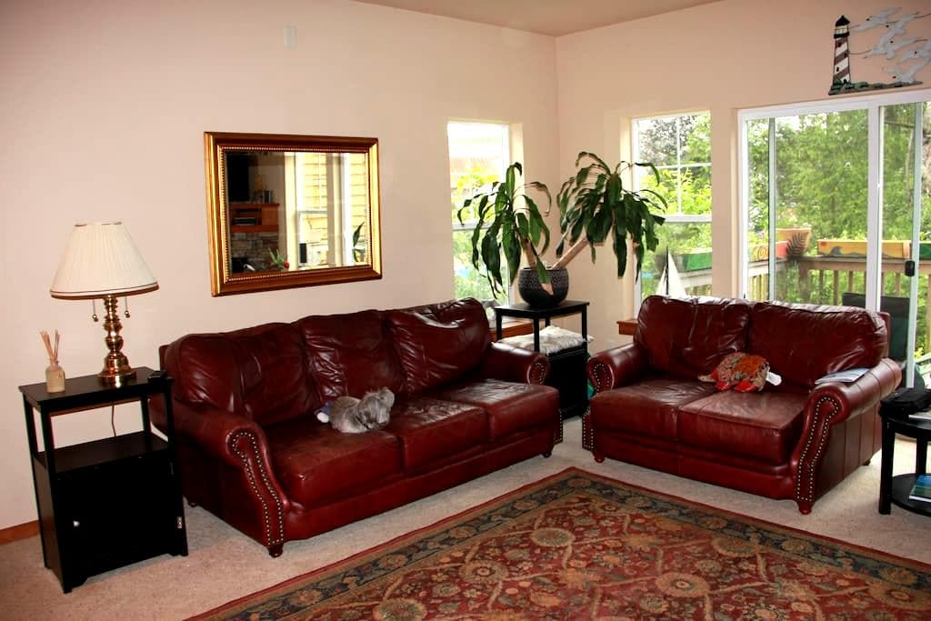 Master Bedroom in Pacific City - Cloverdale