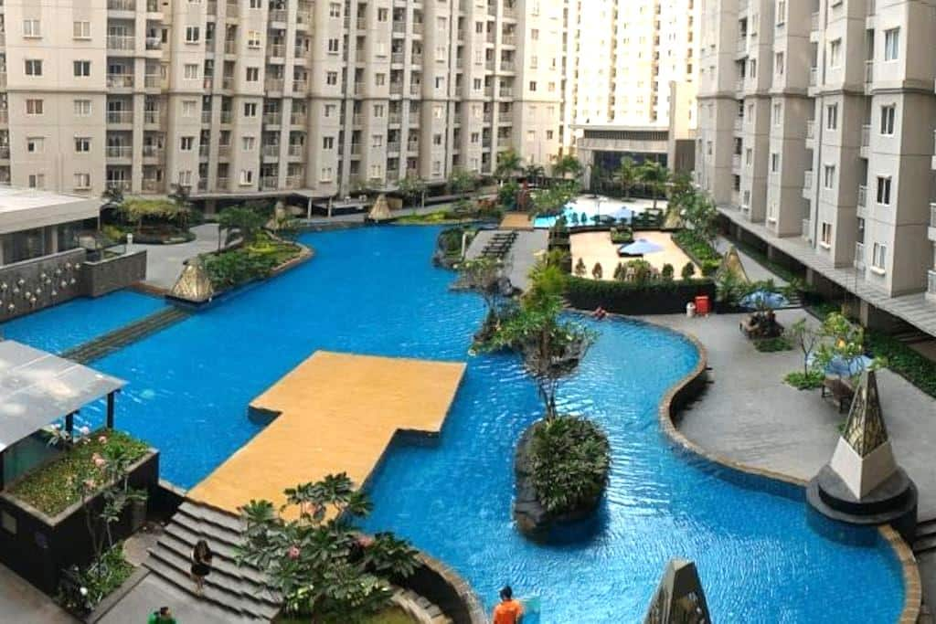 Central Park Area(2BR+Size) Apt Royal Mediterania - Grogol petamburan - Apartment