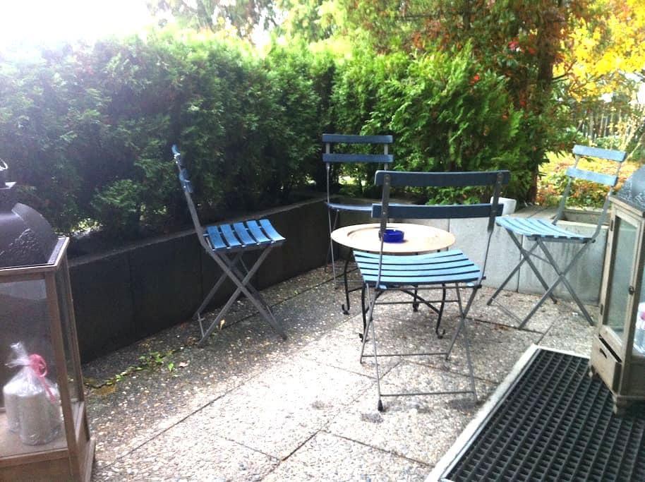1 Zi Apartment mit Terrasse 1-2 Personen - Reutlingen