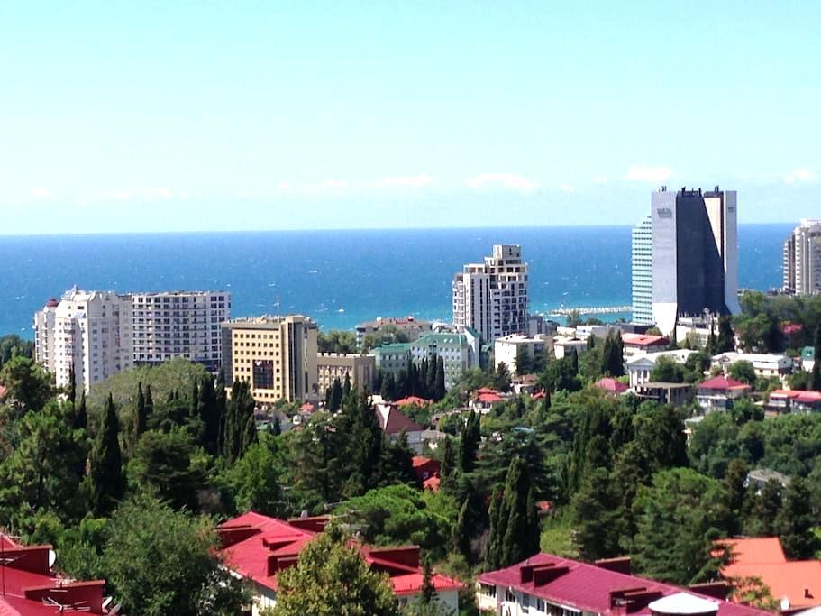 Потрясающая  панорама города и моря - Сочи