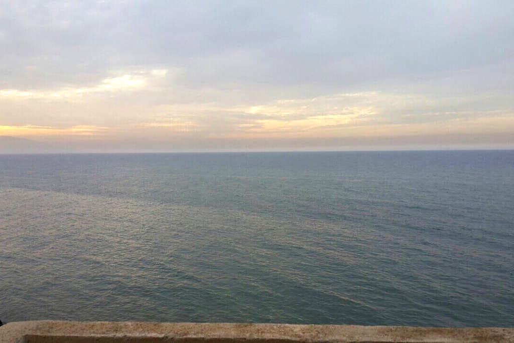 Beaux trois pièces pied dans l'eau - Bou Ismaïl