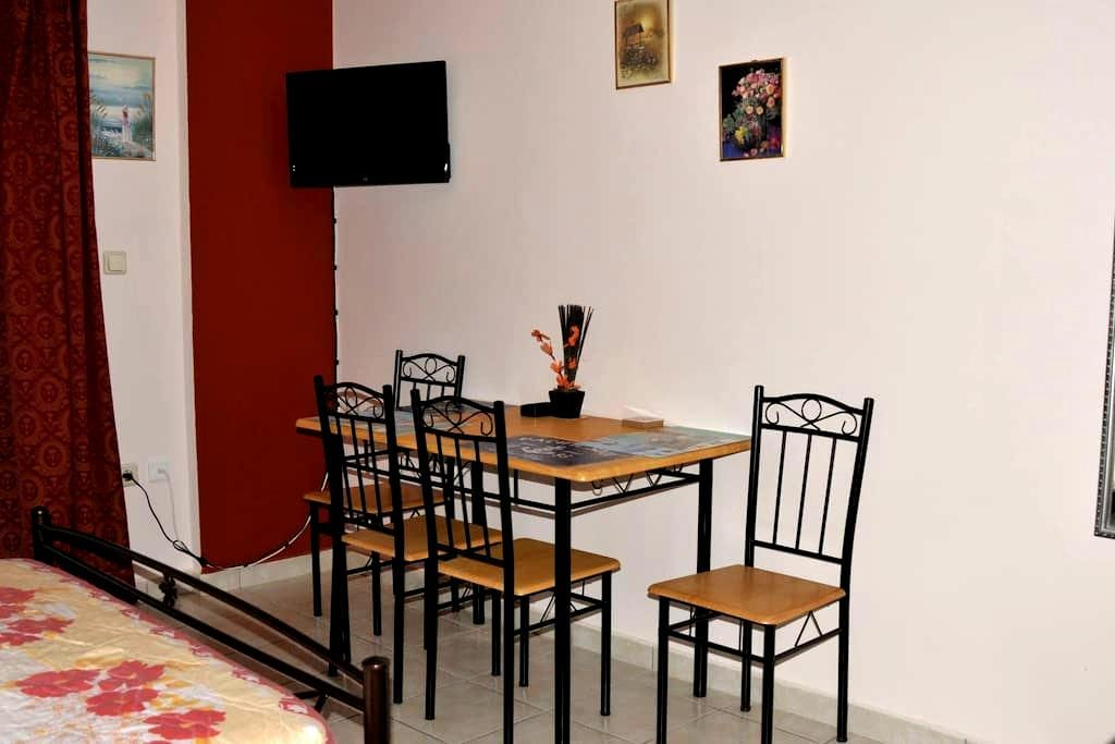 20 m3 studio in Egaleo-Athens  - Αιγάλεω - Apartment