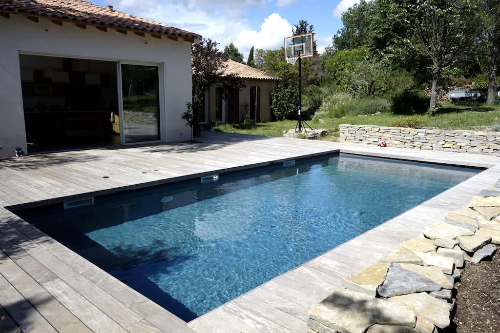 Villa 190 m2 avec Piscine et jardin (2000 m2) - Prades-le-Lez