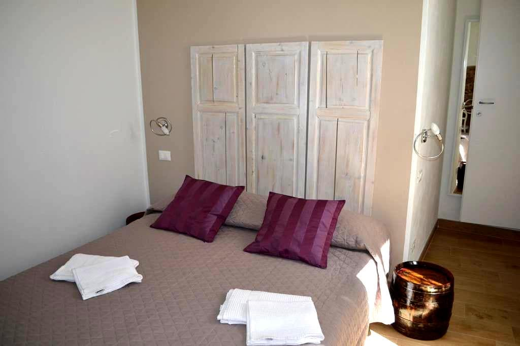 New double room, 2min walk from sea - Riomaggiore - Apartamento