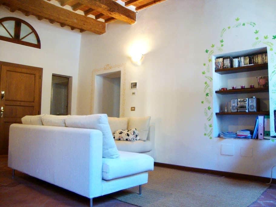Tuscan-style apartment - Pescia - Leilighet