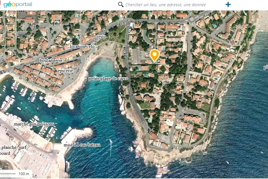 a Carro  duplex 2* avec jardin, la mer à 50 mètres - Martigues - Osakehuoneisto
