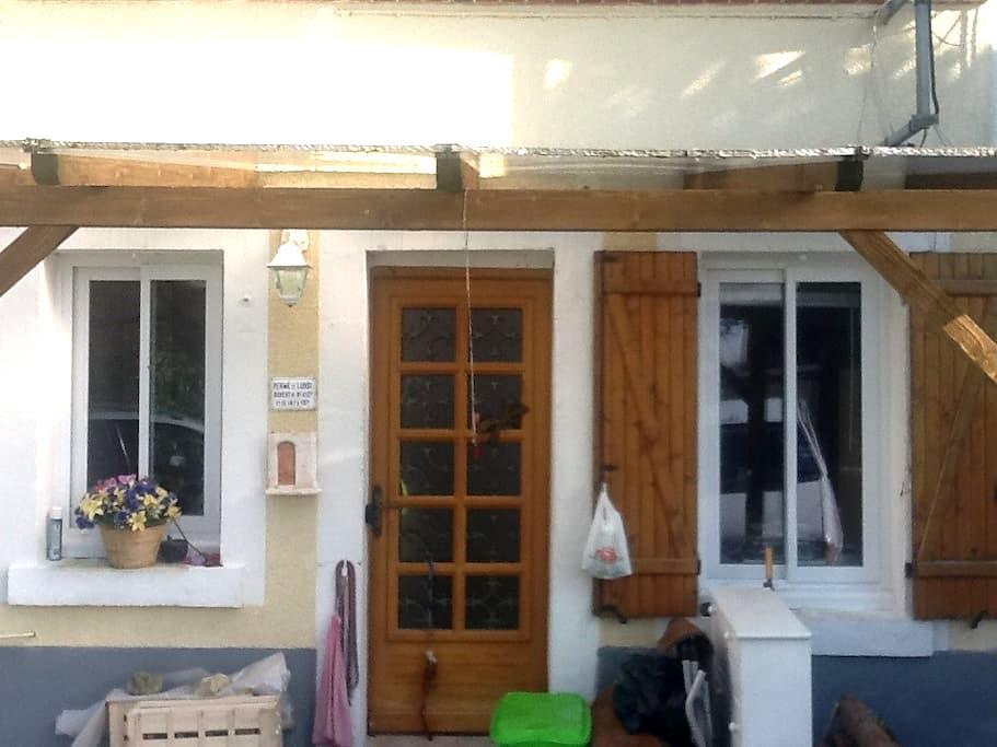 Loue 2 chambres, 3 couchages - Sainte-Solange