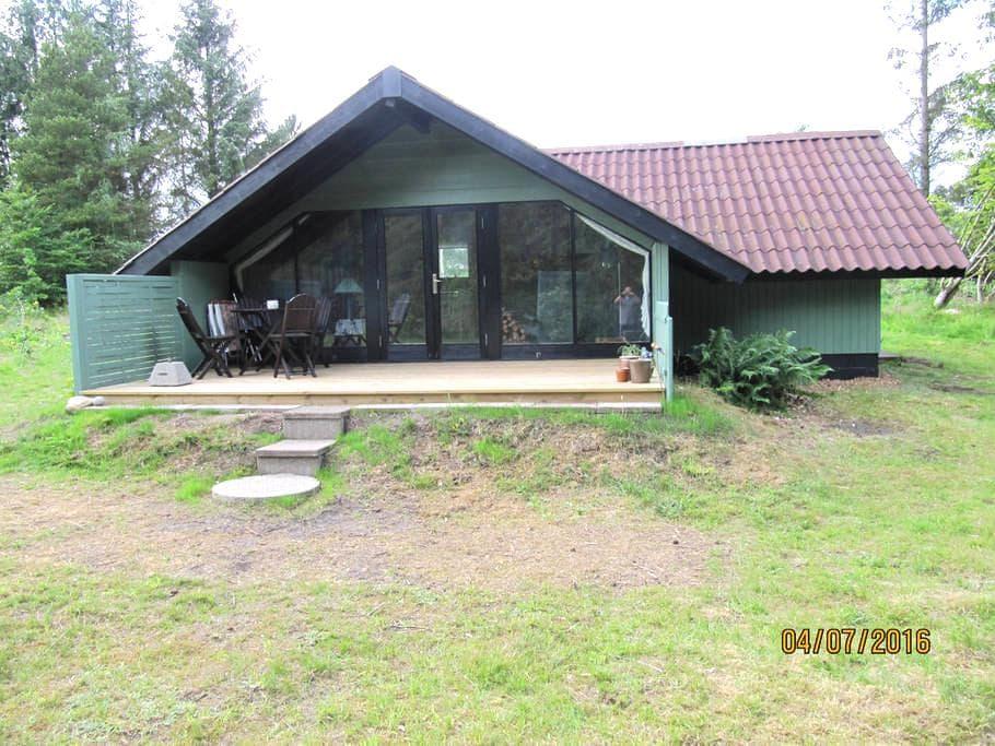 Feriehus med masser af naturoplevelser - Højslev - Blockhütte
