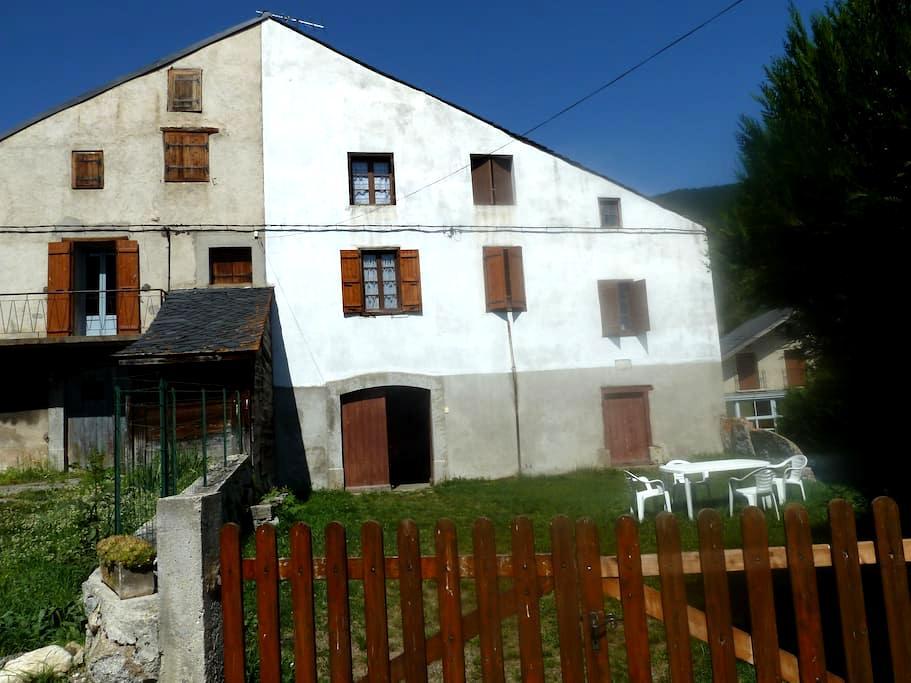 Maison de montagne - Le Bousquet