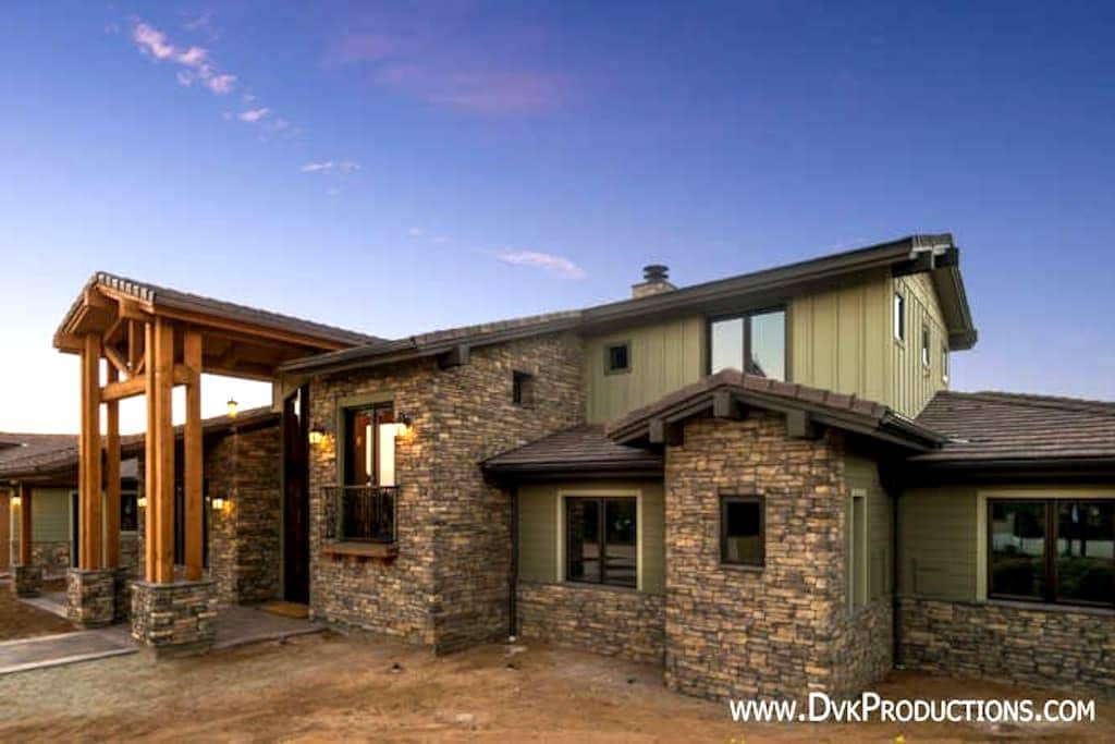 Private room with a view in new craftsman ranch! - Escondido - House