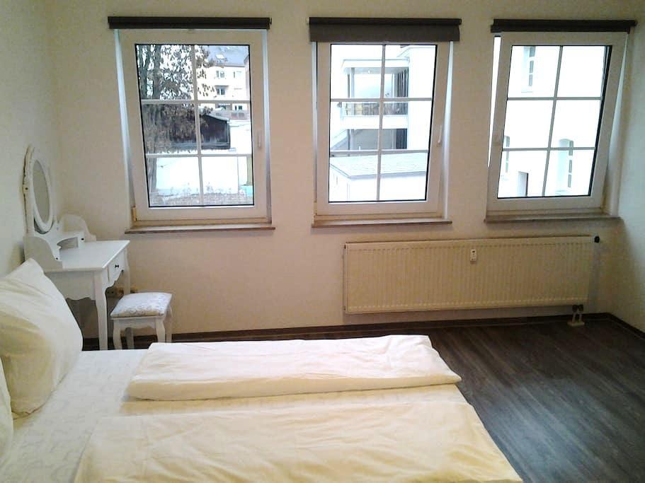 1-Zimmer-Apartment .Mitten in der Altstadt . - Fürth - Wohnung