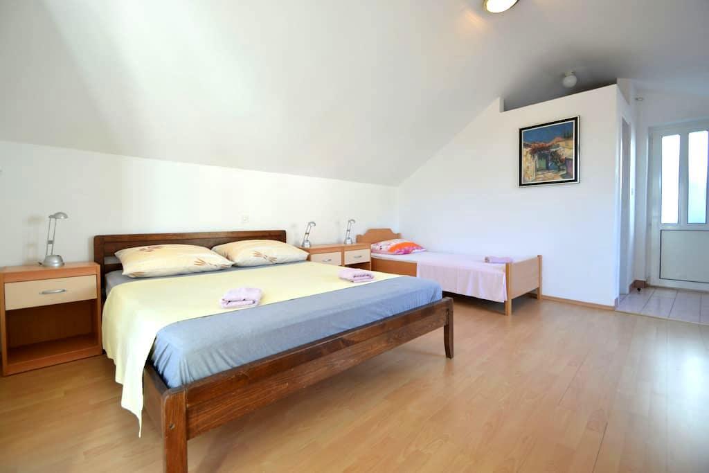 Apartments Grkovic A1 Trsteno Dubrovnik - Trsteno - Apartmen